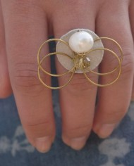 Butterfly Ring mit echter Perle